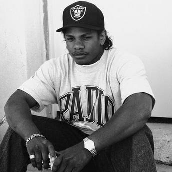 Eazy-E (1)