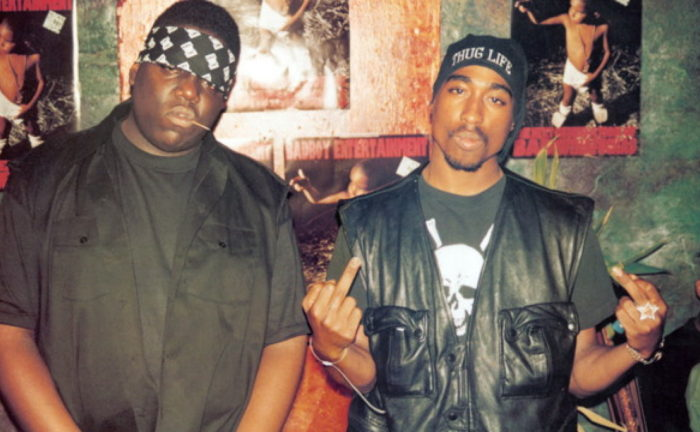 Title: BIGGIE AND TUPAC ¥ Pers: NOTORIOUS BIG  /  SHAKUR, TUPAC ¥ Year: 2002 ¥ Dir: BROOMFIELD, NICK ¥ Ref: BIG129AA ¥ Credit: [ FILM FOUR/LAFAYETTE FILMS / THE KOBAL COLLECTION ]