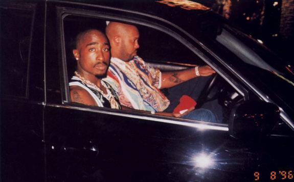 2pac_shakur_tupac_last_photo_suge_knight_las_vegas_september_7_1996